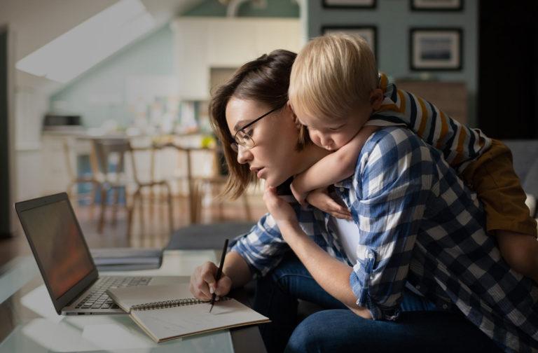 Miniporadnik dla rodziców - wpis na blogu VDG